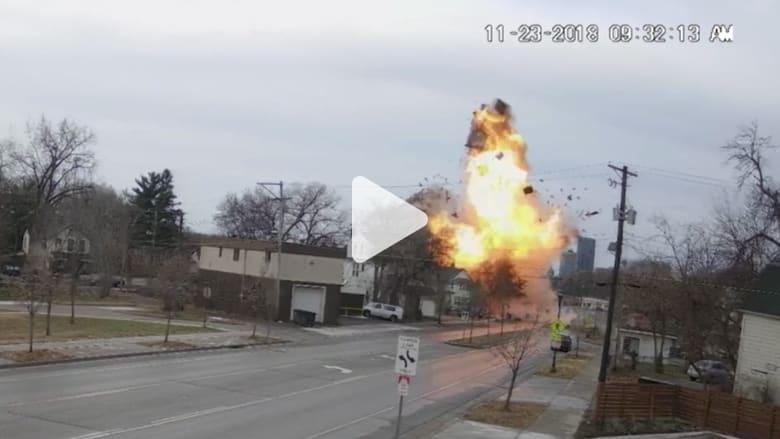 من كاميرا مراقبة.. لحظة انفجار منزل بولاية مينيسوتا الأمريكي