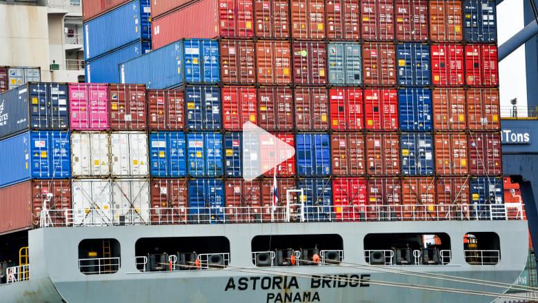 رحلة حصرية داخل أحد أكبر ميناء حاويات في العالم