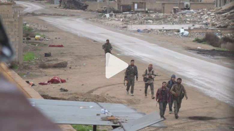 طاقم CNN يشهد اقتتالاً عنيفاً ضد داعش بشرق سوريا