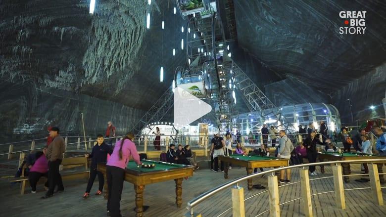 اكتشف مدينة الملاهي التي تقع تحت الأرض في منجم ملح برومانيا
