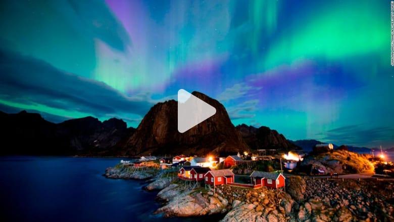 أنوار الشفق القطبي الأجمل على وجه الأرض..كيف تتشكل ألوانها؟
