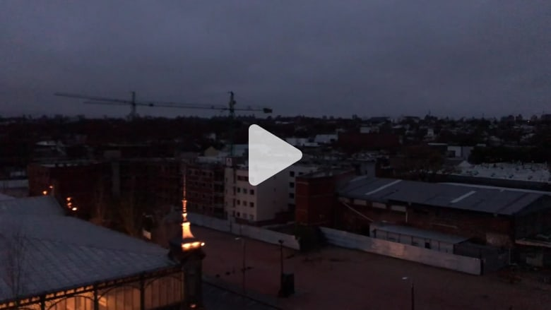 انقطاع للكهرباء في أمريكا اللاتينية يترك بلدان عدة في الظلام
