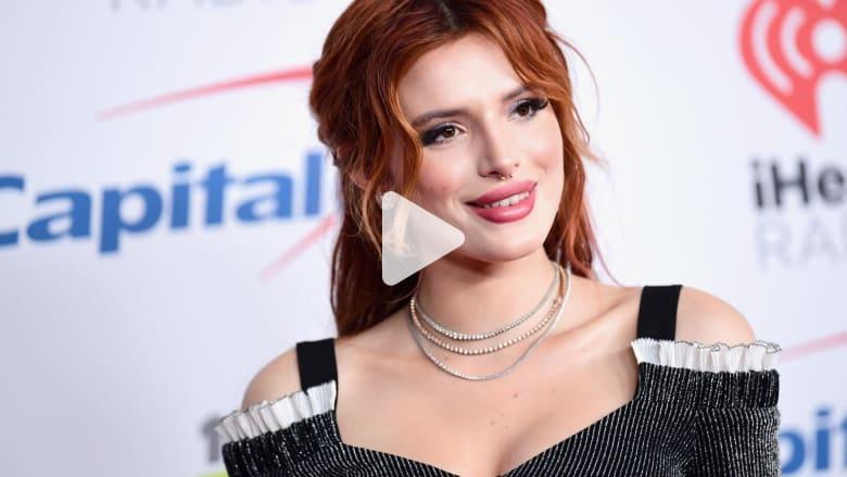 ممثلة أمريكية تنشر صورها عارية بعد ابتزازها: فعلتها بنفسي