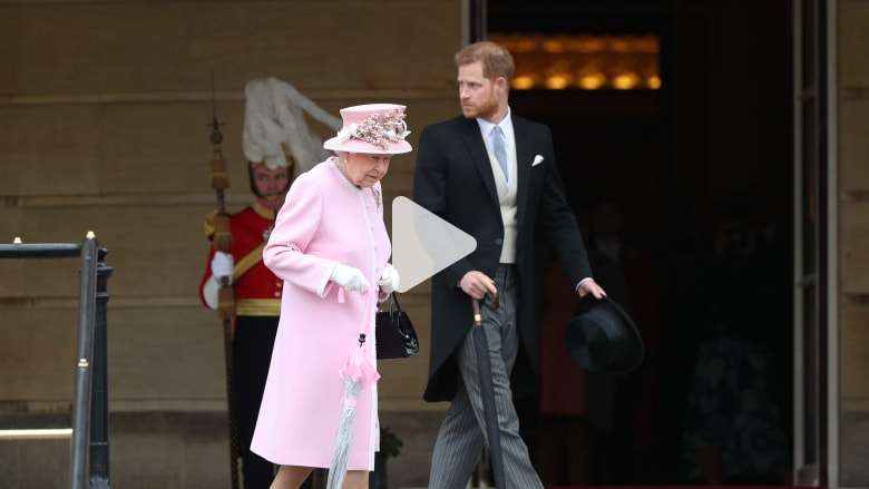 كيف تحدى الأمير هاري وزوجته ملكة بريطانيا؟
