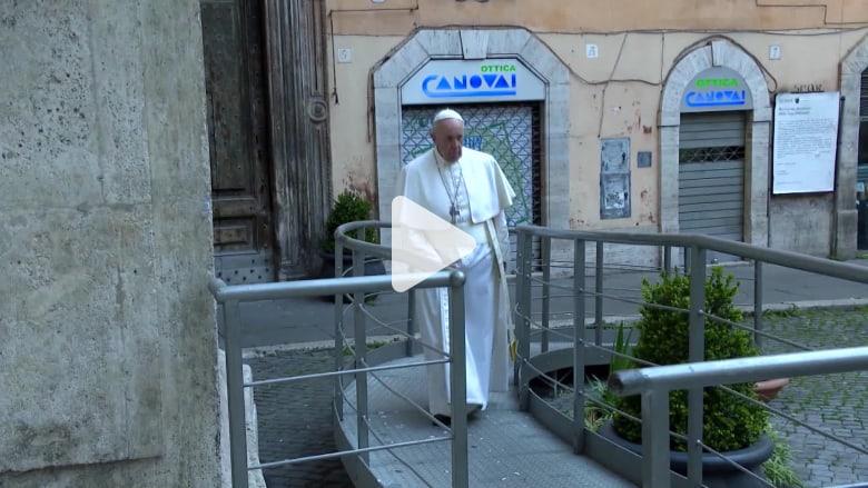 فيروس كورونا.. البابا فرانسيس يتضرع بالصلاة في شوارع روما الخاوية لإنهاء الجائحة