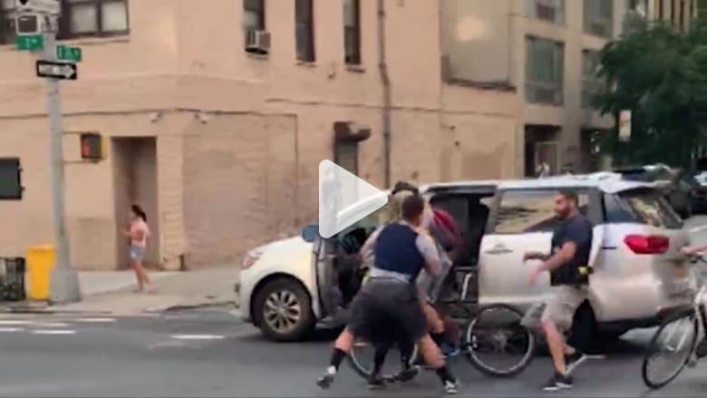 انتقادات لشرطة نيويورك بعد انتشار فيديو لاعتقال امرأة في مركبة مجهولة