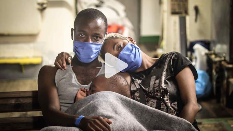 مهاجر أفريقي يوجه رسالة إلى أوروبا عقب إنقاذه من البحر المتوسط