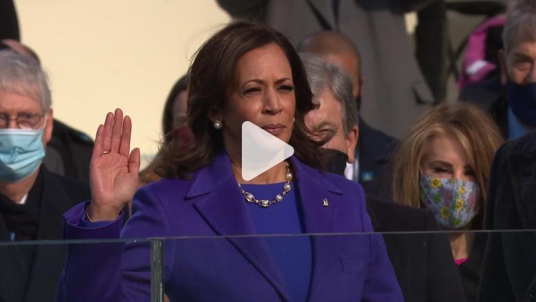لحظة أداء كامالا هاريس اليمين نائباً لرئيس الولايات المتحدة