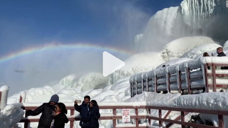 شاهد شلالات نياغرا وهي مغطاة بالجليد