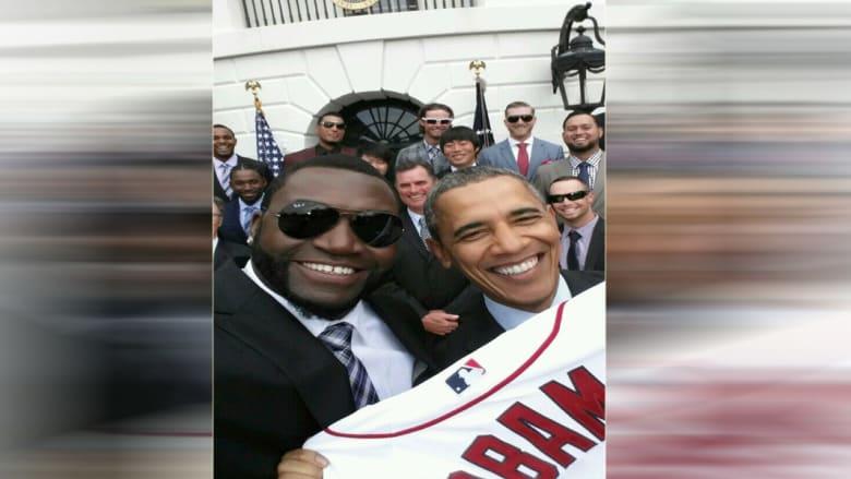 """""""سامسونغ"""" تغضب البيت الأبيض بصورة لأوباما وأورتيز"""