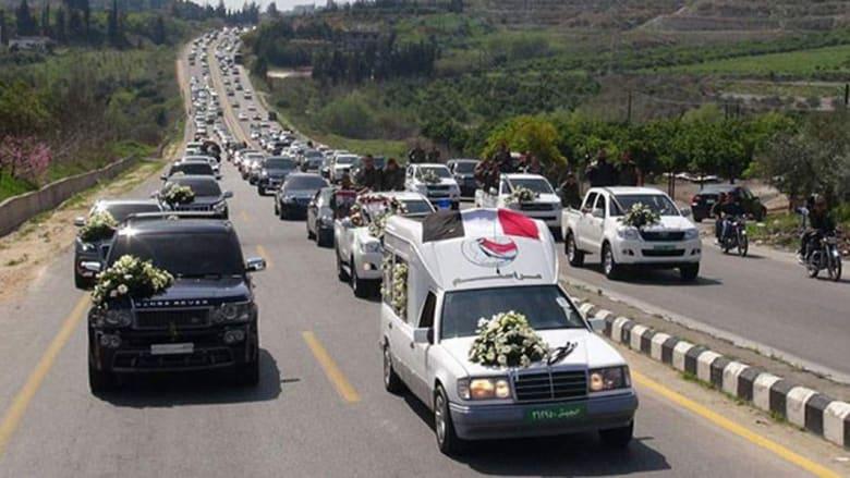 بالصور.. تشيع جثمان هلال الأسد بسوريا بعد مقتله باللاذقية