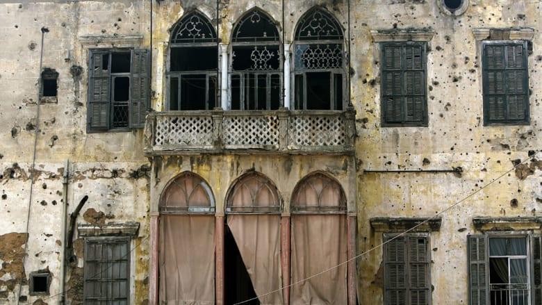 بيوت قديمة تنازع للبقاء.. وأبنية تفرض وجها جديدا في بيروت
