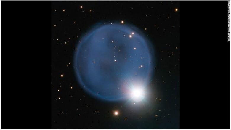 سديم كوكبي، أبيل 33 يوم الأربعاء 9 أبريل/نيسان.