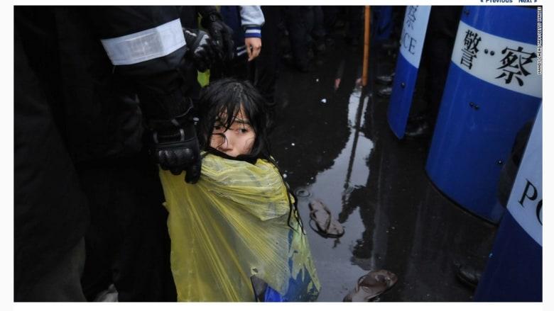 مظاهرة مناهضة للأسلحة النووية في تايوان، حيث استخدمت الشرطة الماء لتفريق المتظاهرين.