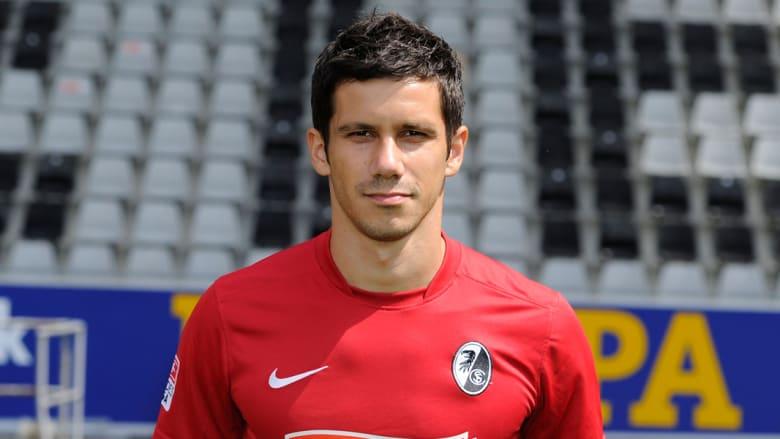 منصور مويدزا من البوسنة