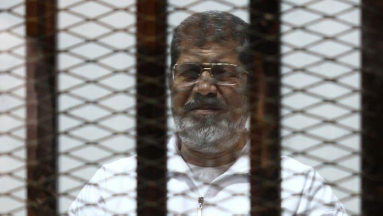 """تأجيل محاكمة مرسي و14 متهماً بقضية """"الاتحادية"""" للأربعاء واستمرار السرية"""