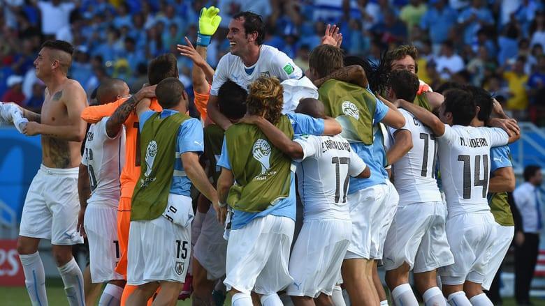 وحل منتخب أوروغواي في المركز الثاني بـ6 نقاط، حيث خسر الجولة الأولى أمام كوستاريكا، قبل أن يفوز على منتخب إنجلترا بهدفين لهدف، ثم على المنتخب الإيطالي بهدف دون رد.