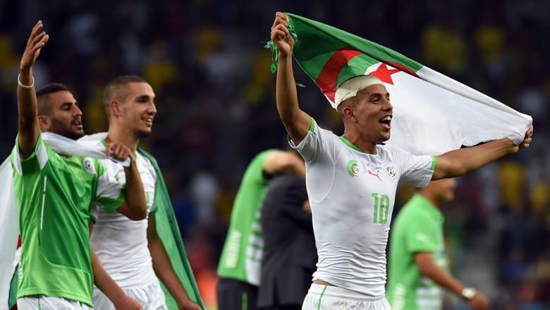"""وحل المنتخب الجزائري في المركز الثاني بـ4 نقاط، بعد خسارة مباراته الأولى أمام بلجيكا، ثم الفوز على كوريا الجنوبية 4-2، وأخيراً التعادل مع """"الدب"""" الروسي بهدف لمثله."""