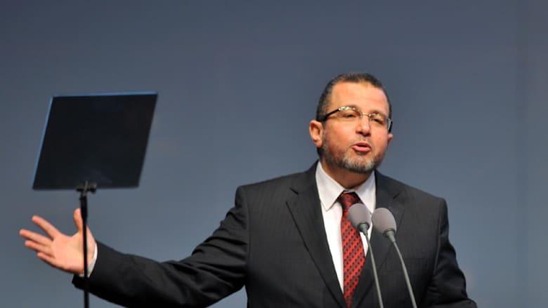رئيس وزراء مرسي هشام قنديل بعد الإفراج عنه: مصر بحاجة للعدل