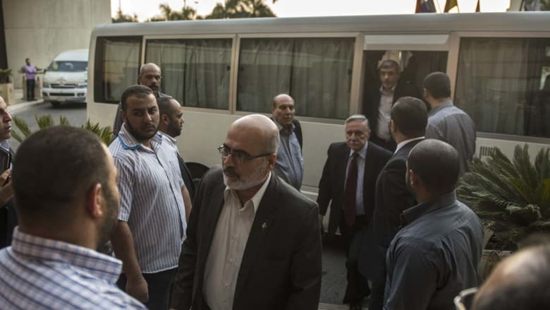 الوفدان الفلسطيني والإسرائيلي في القاهرة قبل يوم من نهاية الهدنة