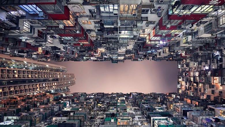فن تصوير يمنح مباني هونغ كونغ لمحة خيالية