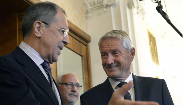 موسكو، روسيا -- وزير الخارجية الروسي سيرغي لافروف (يسار) مع الأمين العام للمجلس الأوروبي ثوربجان جاغلاند قبيل اجتماع منظمة الأمن والتعاون في اوروبا، 4 سبتمبر/ أيلول 2014