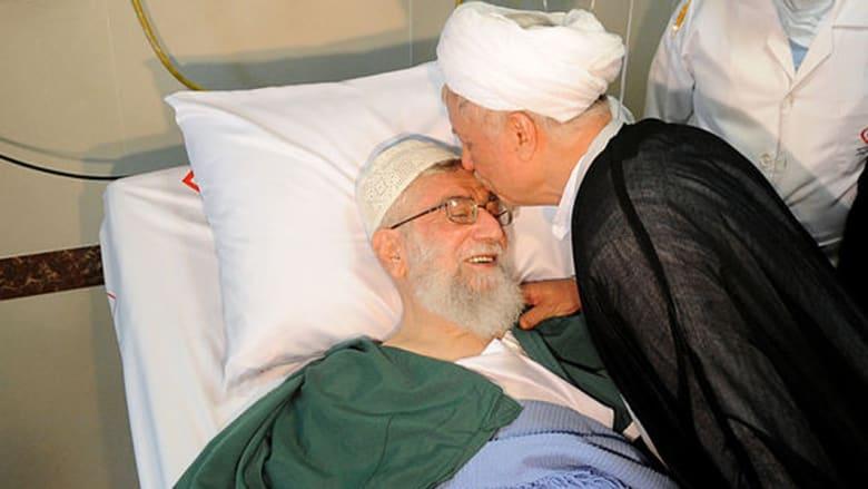 شاهد بالصور: خامنئي على سرير المستشفى بعد عملية البروستاتا