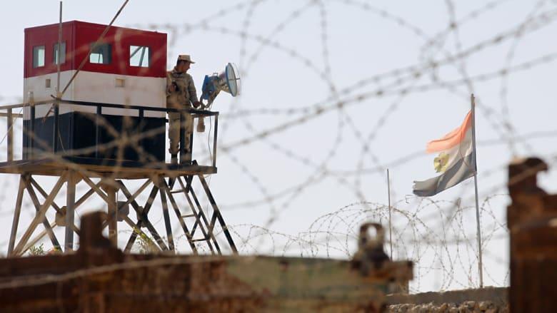 بالصور.. مصر تخلي مساكن رفح لإقامة منطقة عازلة على حدود غزة