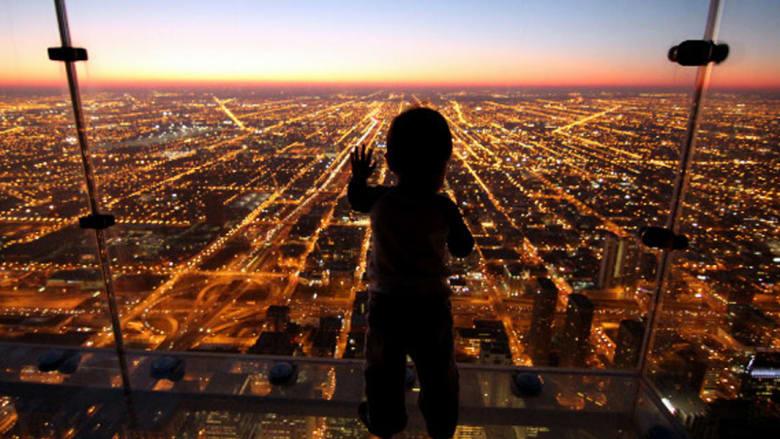 """بالصور..ممرات زجاجية """"مرعبة"""" في سماء لندن"""