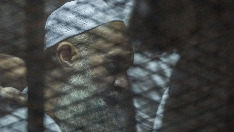 """مصر: استئناف محاكمة شقيق الظواهري بتهمة """"تكفير الدولة"""" و""""استحلال أموال الأقباط"""""""