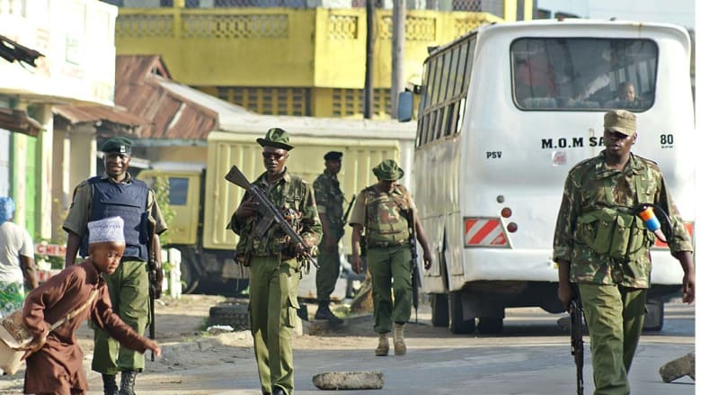 """""""الشباب"""" الصومالية تعلن مسؤوليتها عن هجوم على حافلة ركاب كينية قتل فيه 38 شخصاً"""