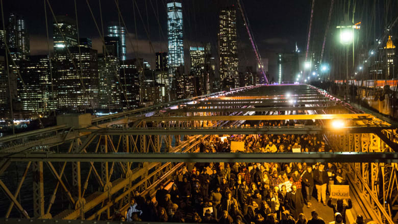 """بالصور: """"مليونيات غضب"""" بشوارع مدن أمريكا الكبرى احتجاجا على """"عنصرية الشرطة"""" ضد السود"""