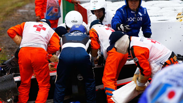 نقل سائق الفورمولا بيانكي فاقدا الوعي الى المستشفى بعد حادث خطير في سباق سوزوكا