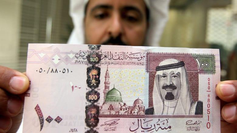 """مقال للشنيطي.. """"ماذا بعد تراجع الدعم الخليجي للاقتصاد المصري؟"""""""
