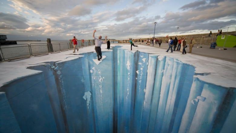 خيال أم حقيقة.. عندما يتلاعب الفن بالواقع