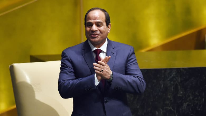 كما انتشر في مصر وسم #السيسي_خط_احمر_يا_اعلامين رداً على ما قيل إنه تهجم على الرئيس عبدالفتاح السيسي من قبل الإعلاميين.