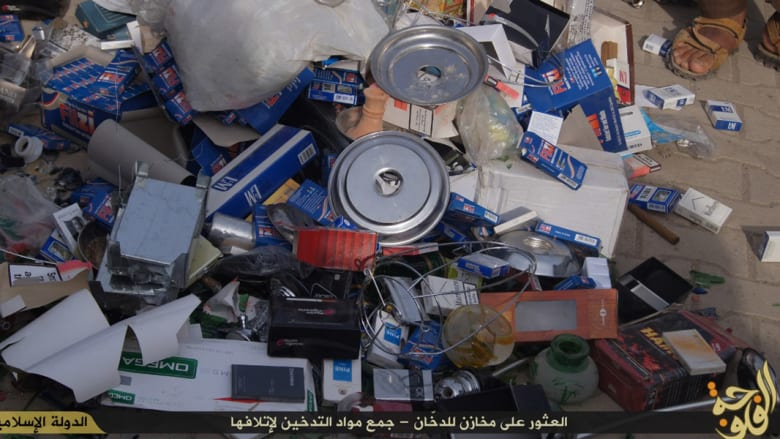 بالصور: عناصر داعش بالفلوجة يشنون حربا مدمرة.. ضحاياها علب السجائر والشيشة
