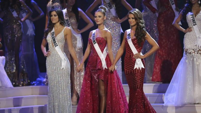ملكات جمال كولومبيا، أوكرانيا والولايات المتحدةعلى خشبة المسرح