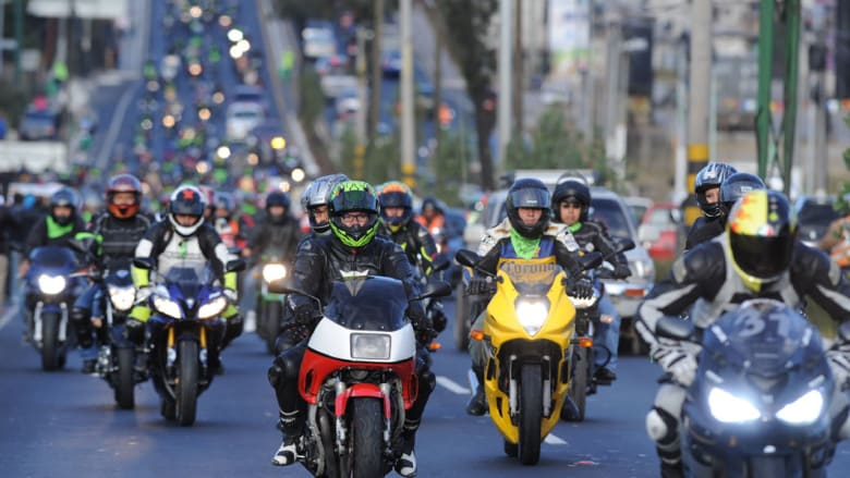 """دراجون مشاركون في """"قافلة الثعلب"""" بغواتيمالا"""