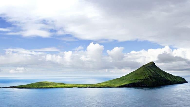 بالصور..عندما يغطي القمر الشمس في جزر فارو