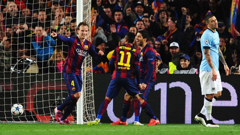 ايفان راكيتيتش يحتفل بتسجيله الهدف الاول لبرشلونة
