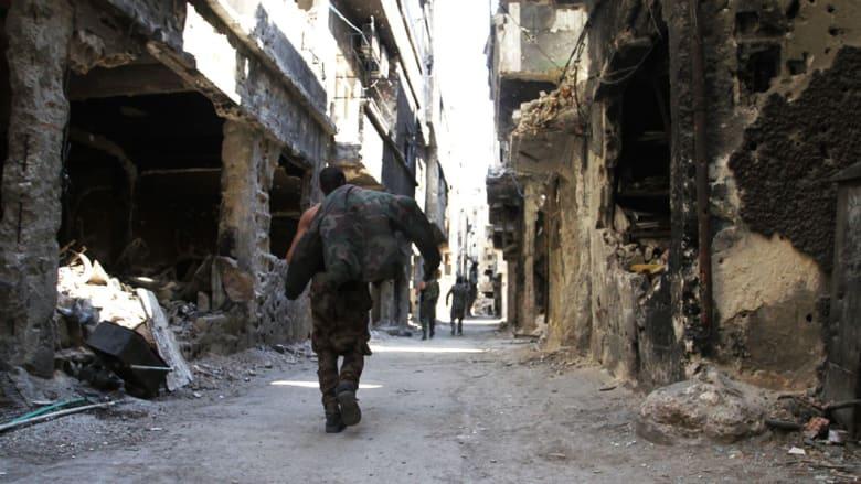 """شهادات لـCNN من داخل مخيم اليرموك.. """"أعمق دائرة للجحيم"""" على أرض سوريا"""