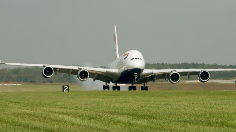 شكلت هذه الرحلة الأولى مصدر راحة للقائمين على الشركة، التي استثمرت نحو 13 مليار دولار و11 عاما في تطوير هذه الطائرة.