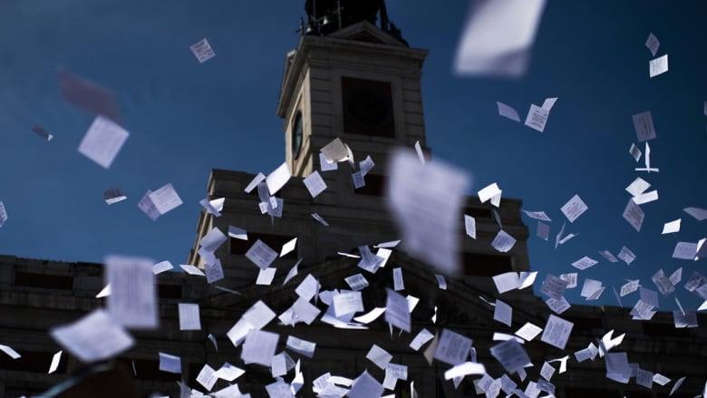 كم ورقة بيضاء نحتاج لطباعة كافة محتويات الإنترنت؟... اضغط هنا لتعرف الرقم المهول