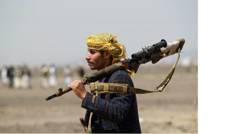 بعد تسليم أمريكي لعمان.. مسؤولون لـCNN: هناك 3 أمريكيين ما زالوا محتجزين لدى الحوثيين