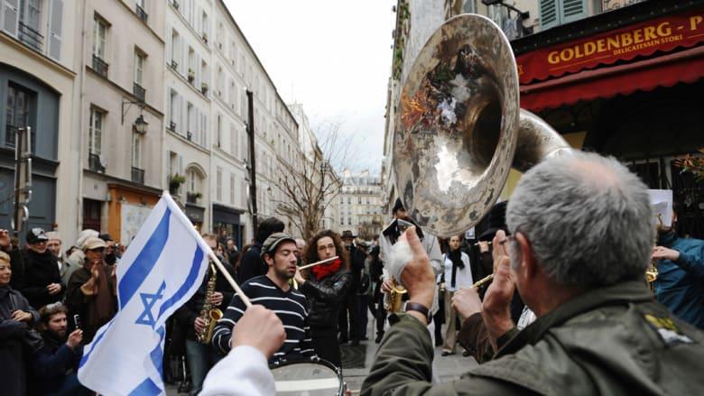 """الأردن.. إطلاق متهم بهجوم """"الحي اليهودي"""" في باريس قبل 33 عاماً ومنعه من السفر للنظر بتسليمه"""