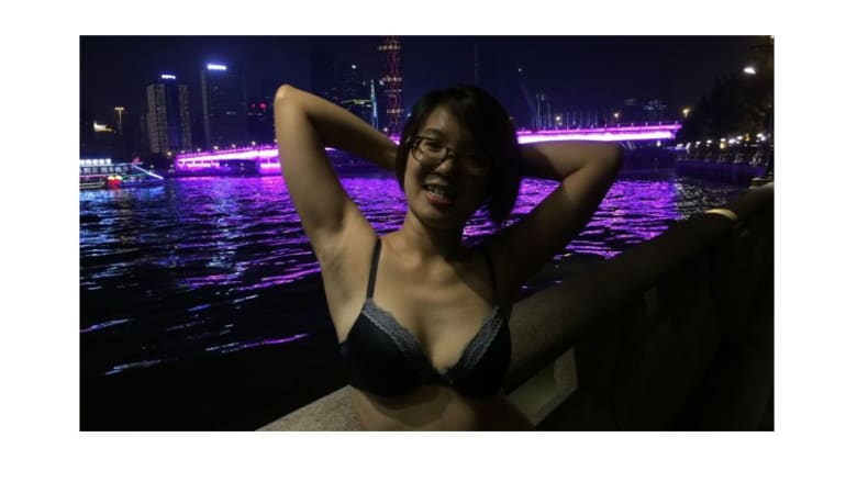 لماذا تظهر هؤلاء الصينيات شعر آباطهن بفخر؟