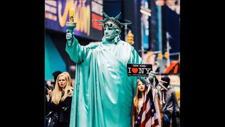 مجسم لتمثال الحرية