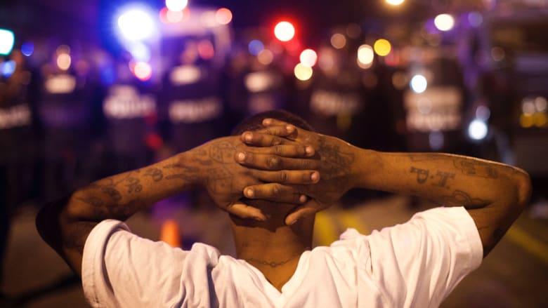 إقالة قائد شرطة بالتيمور على خلفية الأحداث العرقية الدموية في المدينة