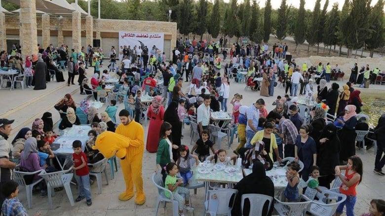 الأردن.. إفطارات تطوعية من عمّان إلى معان تتسلل بعفوية إلى أجواء رمضان